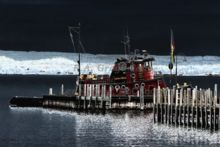 the-john-r-asher-tug-boat-from-sturgeon-bay-wisconsin-docked-in-petoskey-michigan.jpg